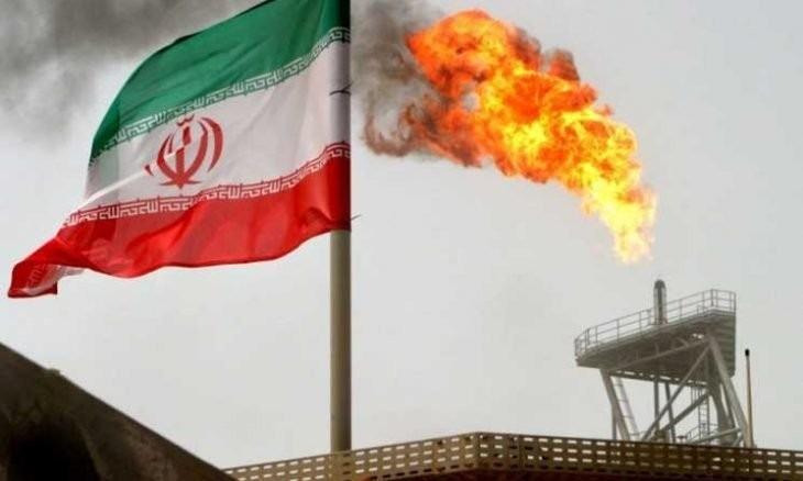 الولايات المتحدة تستورد النفط من إيران لأول مرة منذ 1991