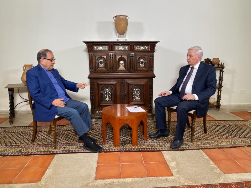 الإعلامي هيثم زعيتر يستضيف الوزير كريم بقرادوني، 8:30 من مساء اليوم (الجمعة) 11-6-2021 على تلفزيون فلسطين
