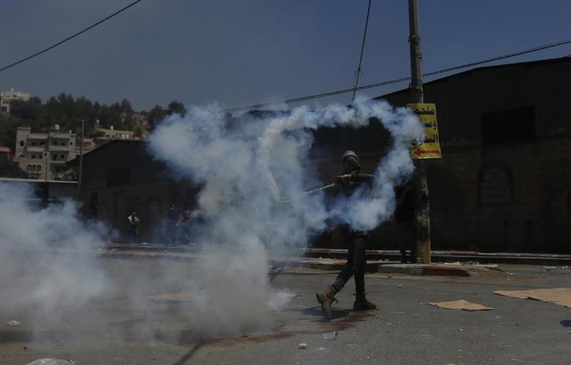 حالات اختناق خلال مواجهات مع الاحتلال في جبع جنوب جنين