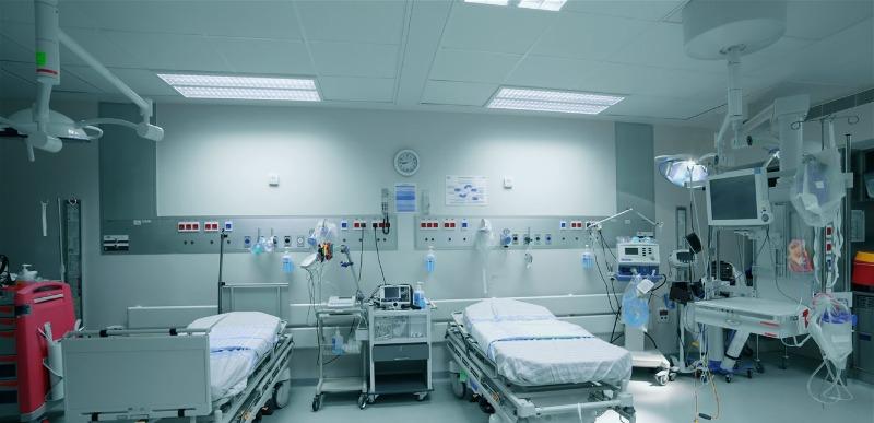 """توقيف مدير مستشفى في طرابلس بتهمة """"تزوير طبي وارتكابات جرمية وغير انسانية"""""""