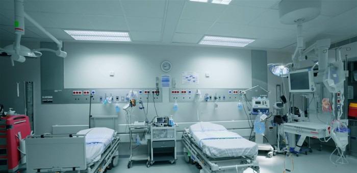مدير مستشفى في لبنان يصور المريضات عاريات بعد تخديرهن للعمليات الجراحية وغيرها من الارتكابات