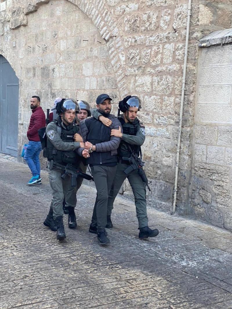 نادي الأسير: الاحتلال يسعى لأسرلة وتهويد القدس ودفع المواطنين الأصليين لمغادرتها بعد تيئيسهم وإحباطهم