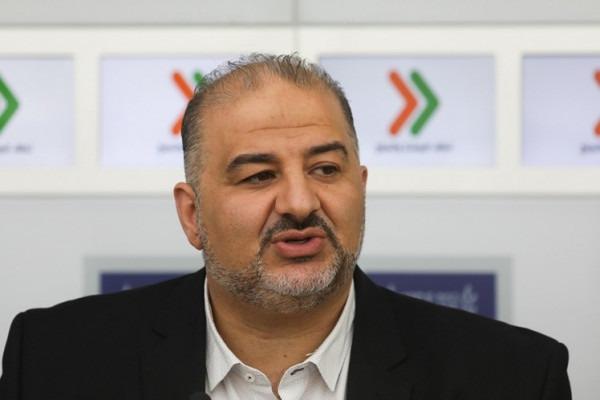 """""""القناة 11"""": منصور عباس سيوافق كما يبدو على إقرار تمديد مشروع """"قانون لم الشمل"""""""