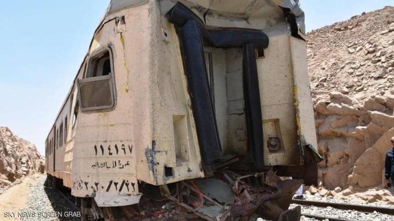 جرحى بحادث قطار جديد في مصر... وفيديو يرصد ما حدث