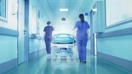 موظفو مستشفى الشحار الغربي الحكومي: نستقبل الحالات الطارئة فقط