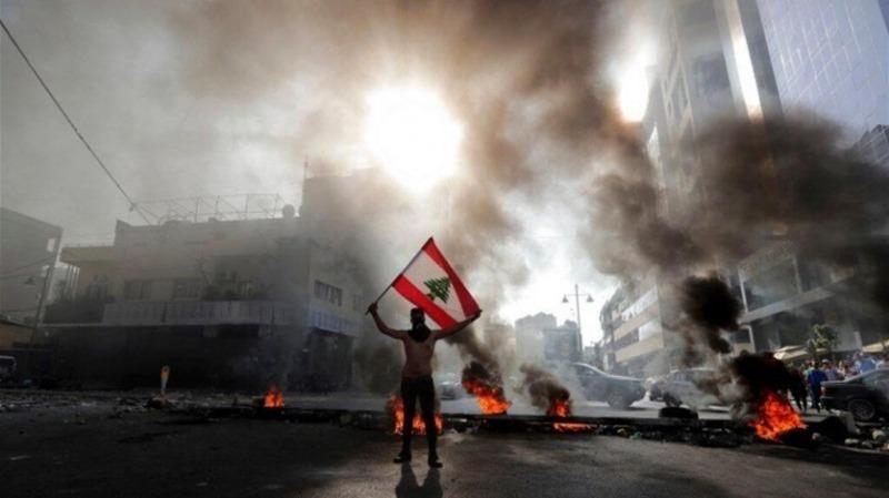 الاحتجاجات مستمرة... وهذا حال الطرقات صباح اليوم