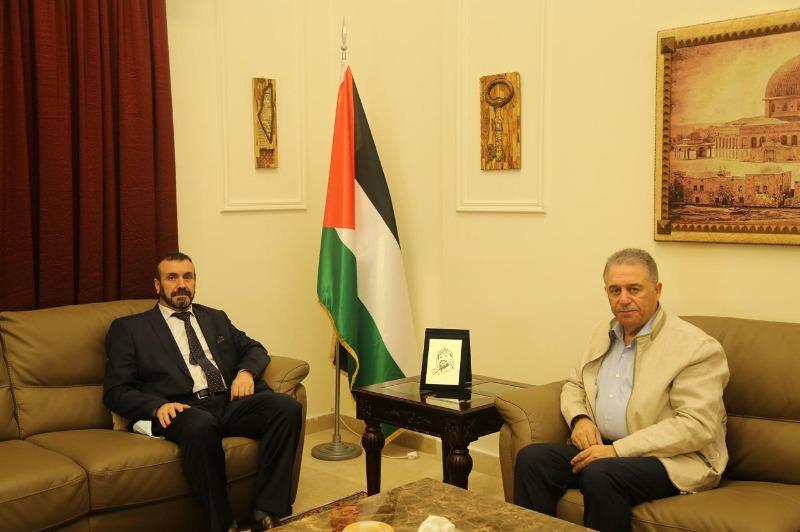 السفير دبور يستقبل السفير الجزائري في لبنان
