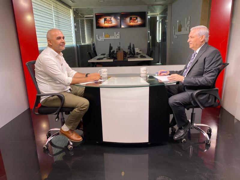 الإعلامي هيثم زعيتر يستضيف د. عماد حلّاق، 8:30 من مساء اليوم (الجمعة) 27-08-2021، على تلفزيون فلسطين