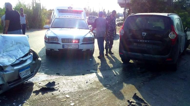 بالصورة ... إصابة رئيس مخفر مغدوشة في حادث سير في درب السيم