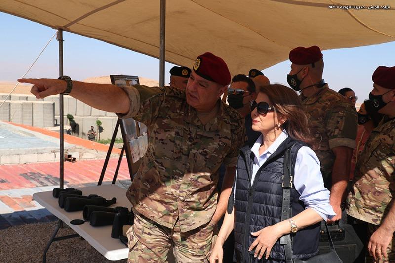 """قائد الجيش ترافقه ماجدة الرومي جال بقاعاً ودشن نصب """"فجر التحرير"""""""
